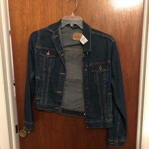 Levi's Jackets & Coats - Never worn denim jacket